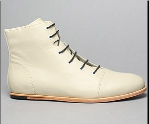 Modern men's boots by Zurick are clean and elegant. Wonderful shoes for Summer.