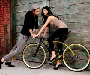 Equinox has teamed up with bicycle specialist Derringer to create a superb, limited e...