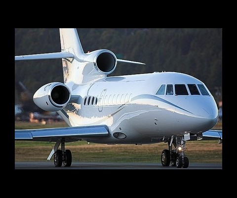 The Dassault Falcon 900EX is a gorgeous jet that boasts a formidable range as well as excellent cabin space.