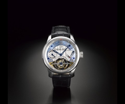 Spanning 300 lots, and expecting to net nearly six million dollars, Sotheby Hong Kong's 'Important Watch Sale' is something any discerning watch collector would be wise to keep an eye on.